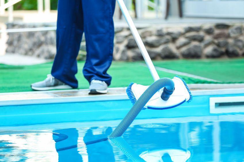 Quel aspirateur pour votre piscine ? Guide